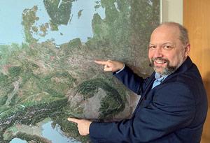Krzysztof Konieczny showing his territory